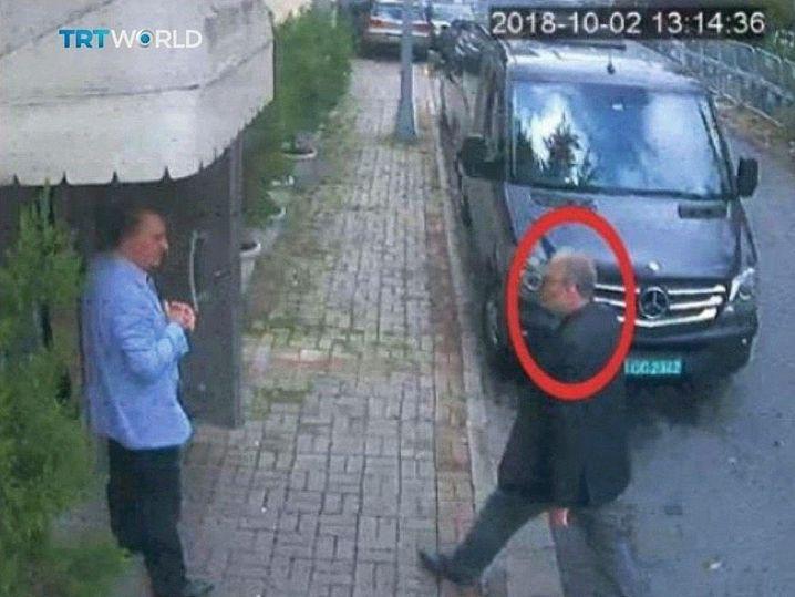 Jamal Khashoggi entering the Saudi Arabian consulate in Istanbul