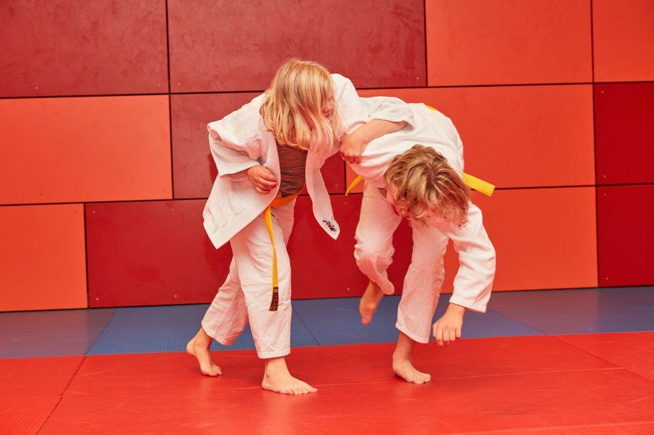 Starkes Team: Mila (links) ist nicht nur Antons Freundin, sondern auch seine Judo-Partnerin. Die beiden trainieren beim Eimsbütteler TV in Hamburg.