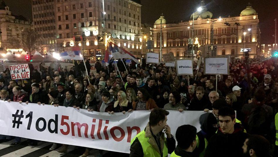 """Demonstranten der """"Einer von fünf Millionen""""-Bewegung im Dezember 2018"""