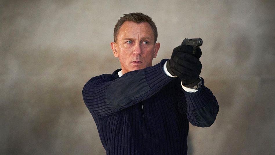 """Szene aus """"No time to die"""" mit Daniel Craig"""