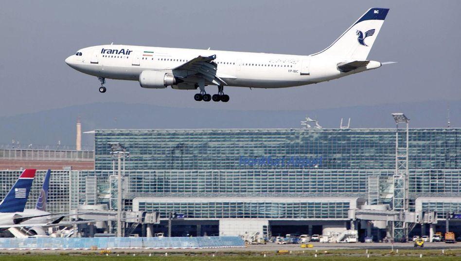Iran-Air-Maschine am Frankfurter Flughafen