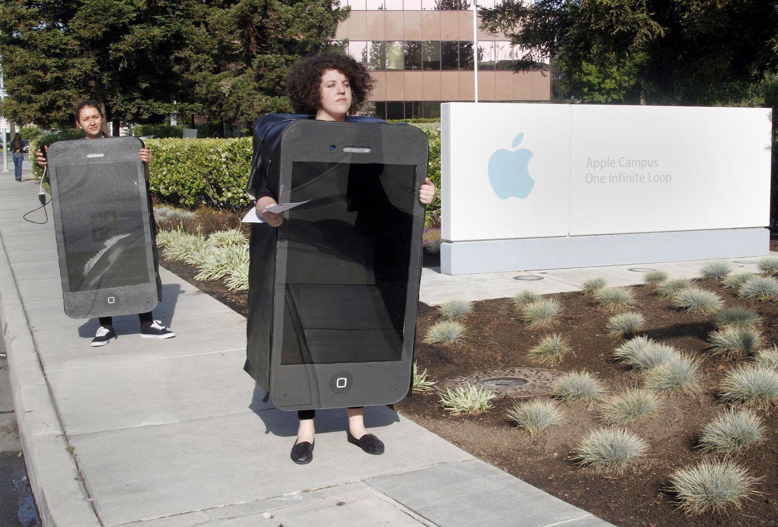 Apple/ Greenpeace/ Protest
