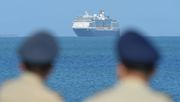 Kreuzfahrtschiff läuft nach Irrfahrt Kambodscha an