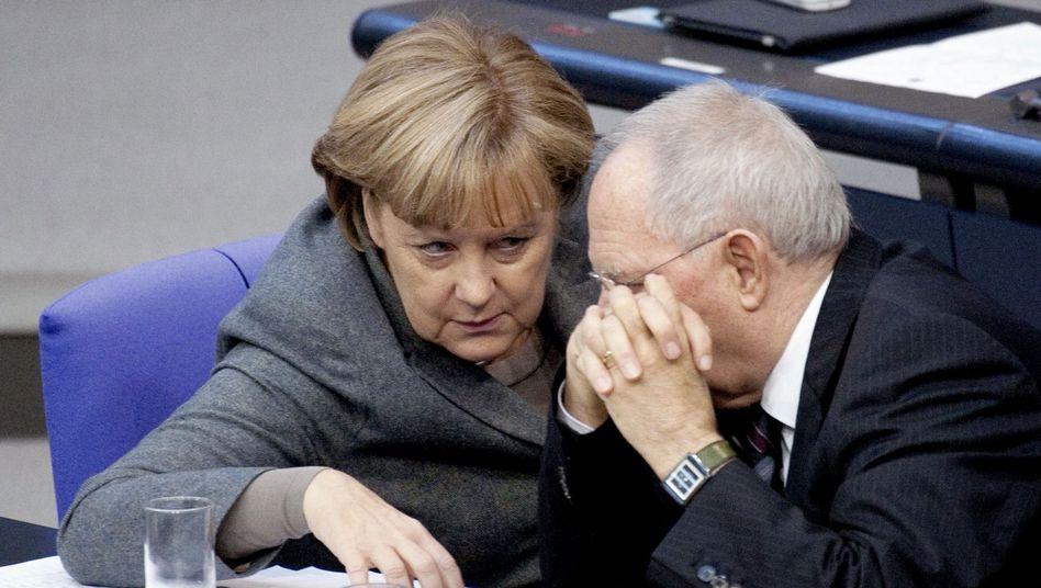 Kanzlerin Merkel, Schäuble: Wo geht's hier aus der Krise?
