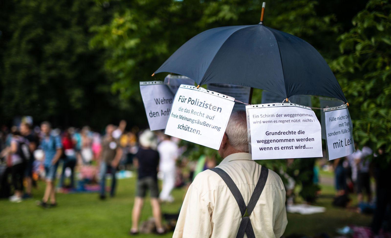 "Protestkundgebung der Initiative ""Querdenken711"""""