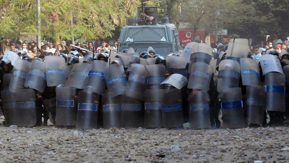 Krawalle in Kairo: Ägypten wendet sich gegen die Revolutionäre