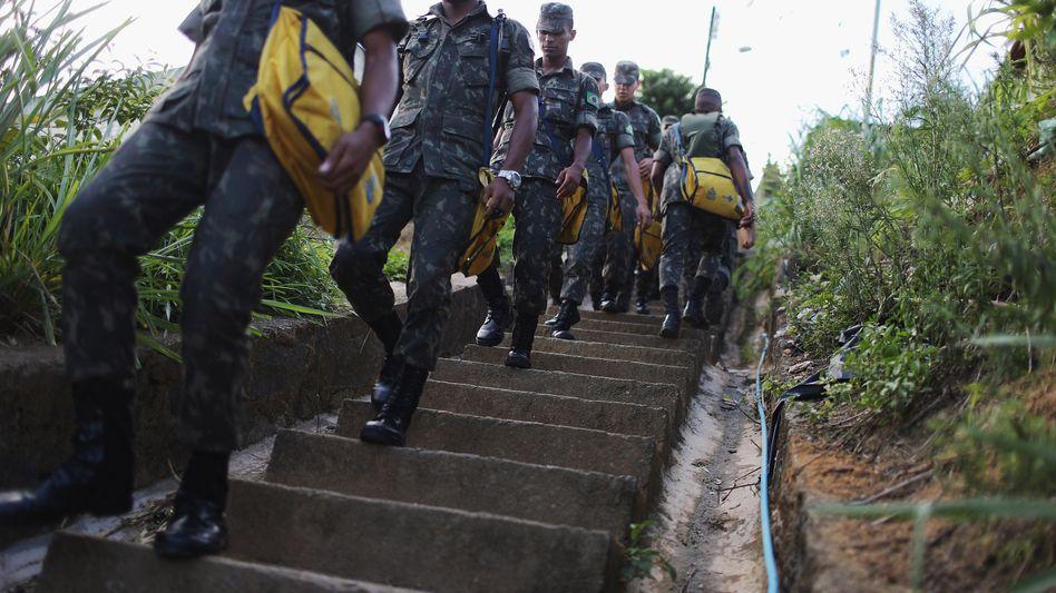 Brasilianische Soldaten im Einsatz gegen das Zika-Virus: Der Kampf wird verstärkt
