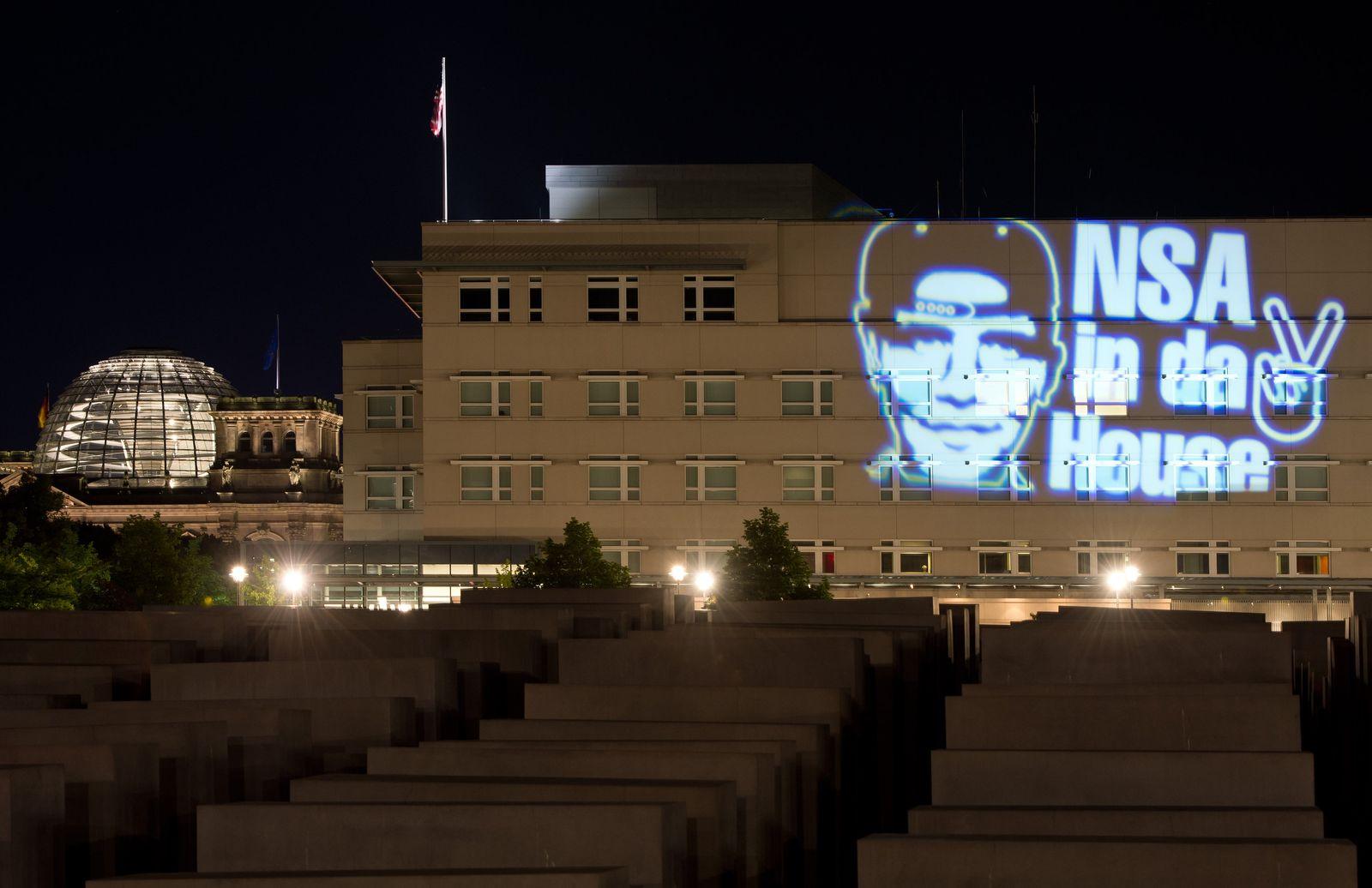 Lichtprojektion auf US-Botschaft