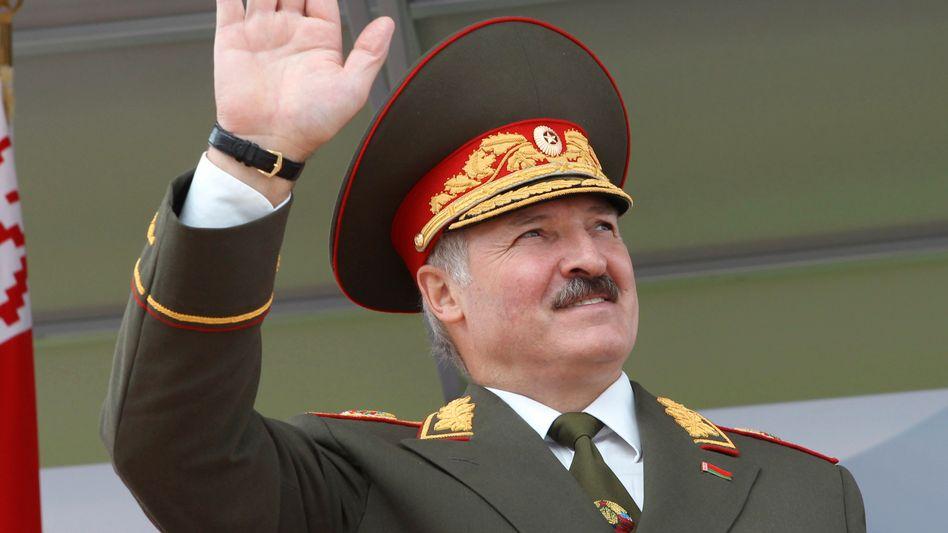 Belarussian President Alexander Lukashenko says he doesn't like gays.
