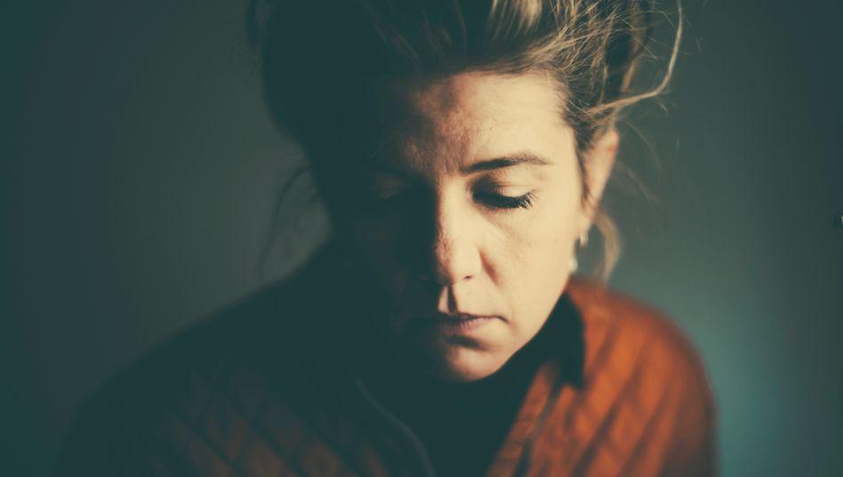 Schuldgefühle: Wie trauernde Angehörige damit umgehen können