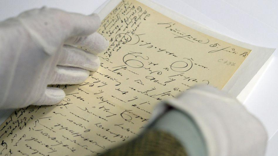 Brief von Theodor Fontane: Zehntausende hinterlassene Dokumente des Schriftstellers werden für die Veröffentlichung im Internet aufbereitet