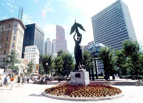 Aus der Asche auferstanden: Eine Phoenix-Figur in der Innenstadt symbolisiert den Wiederaufstieg Atlantas nach der völligen Zerstörung im amerikanischen Bürgerkrieg