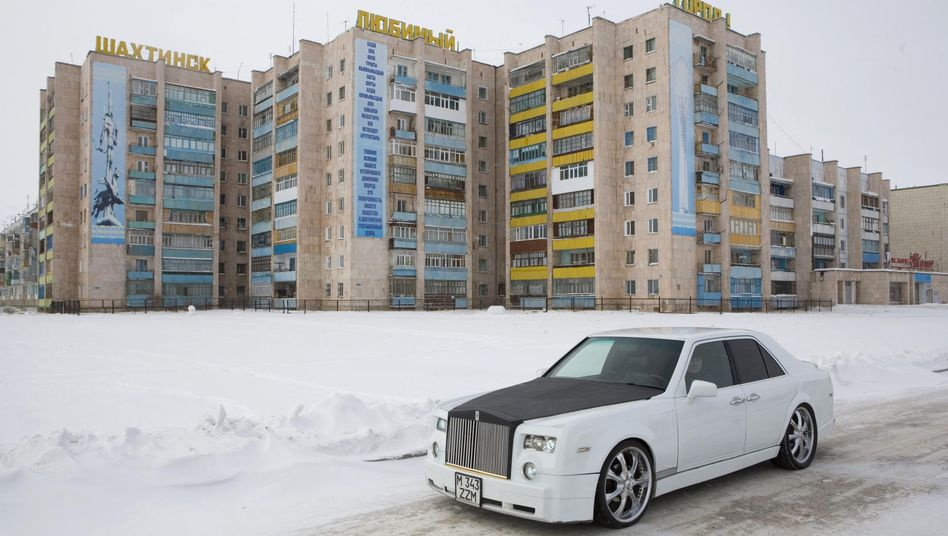 In Central Asia, contrasts are often stark.