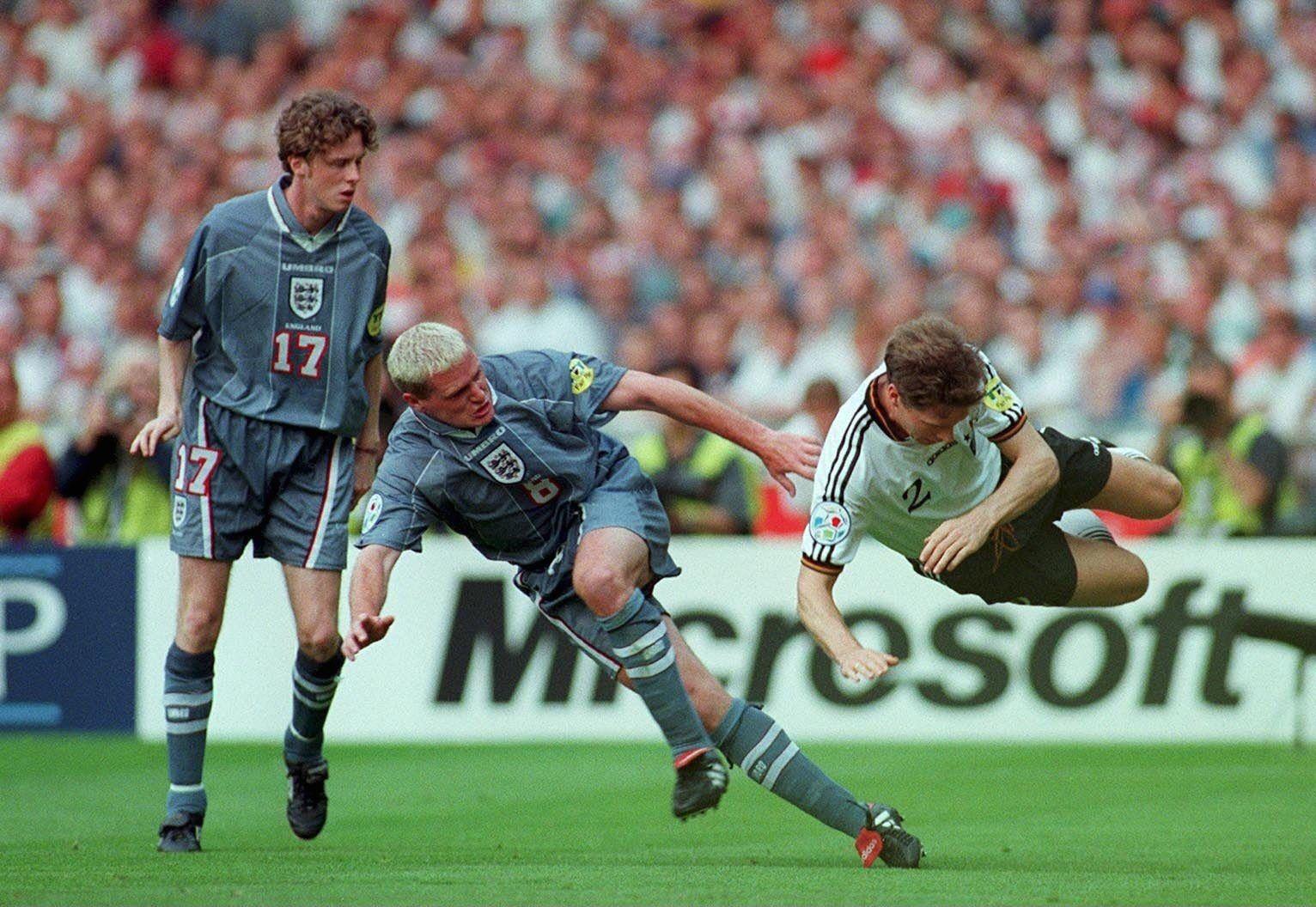 McMANAMAN/GASCOIGNE/REUTER/Halbfinale ENGLAND
