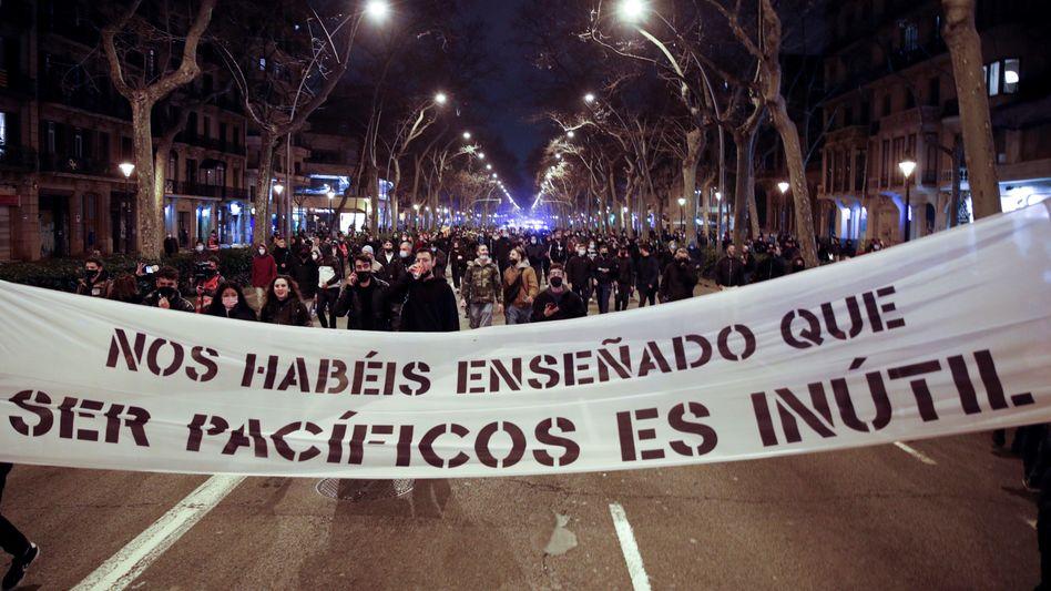 Demonstranten am 21. Februar in Barcelona