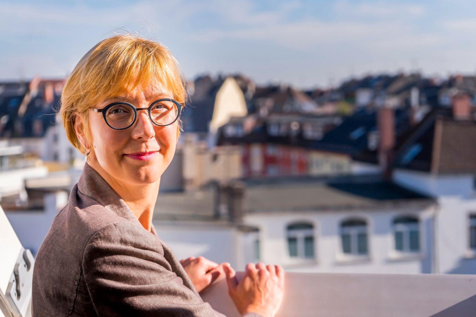 Aufspürerin & Herkunftsberaterin Susanne Panter
