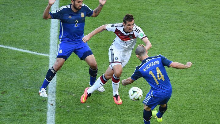 WM-Finale 2014: So schoss Götze die DFB-Elf zum Titel