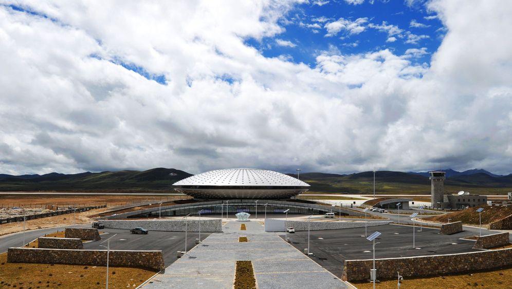 Höchster Flughafen der Welt: Ufo im Hochland