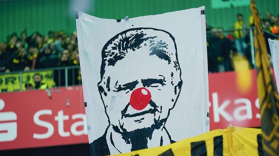 Protest gegen Hoffenheim-Besitzer Hopp 2020 in Mönchengladbach: Bollwerk gegen die totale Kommerzialisierung