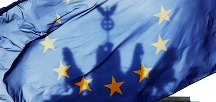 "Europaflagge vor dem Brandenburger Tor: ""Bundestag gestärkt"""