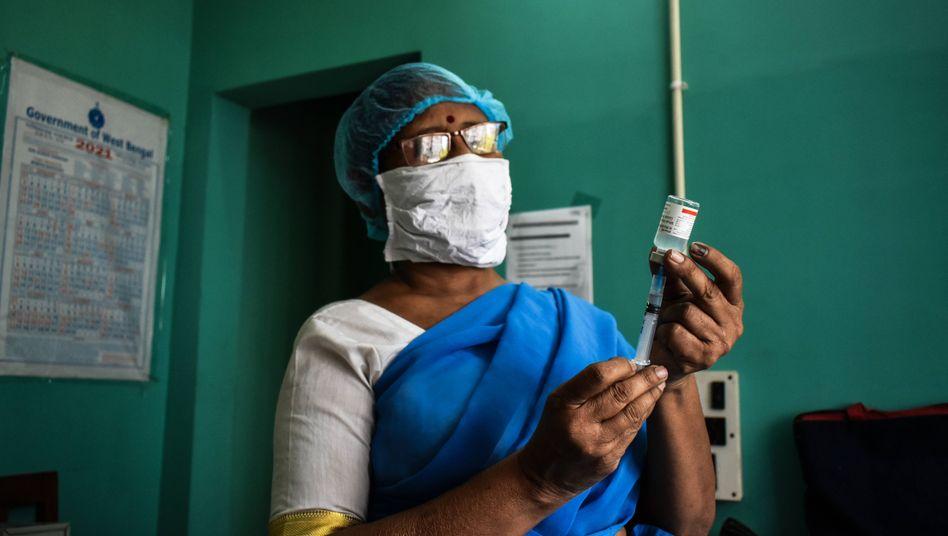 Derzeit werden jeden Tag 2,5 Millionen Menschen in Indien geimpft. Die Todeszahlen sind dennoch extrem hoch