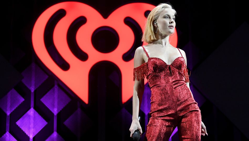 """Popsängerin Zara Larsson wirbt nicht mehr für Huawei: """"Alle, die mich kennen, wissen, dass ich für Menschenrechte stehe"""""""