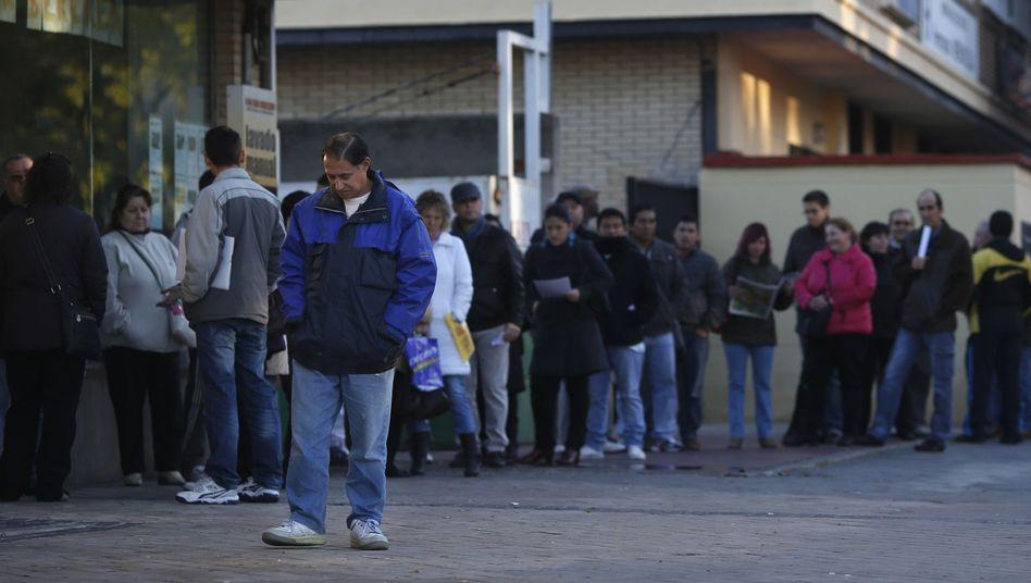 Arbeitslose in Spanien: Viele zieht es nach Deutschland