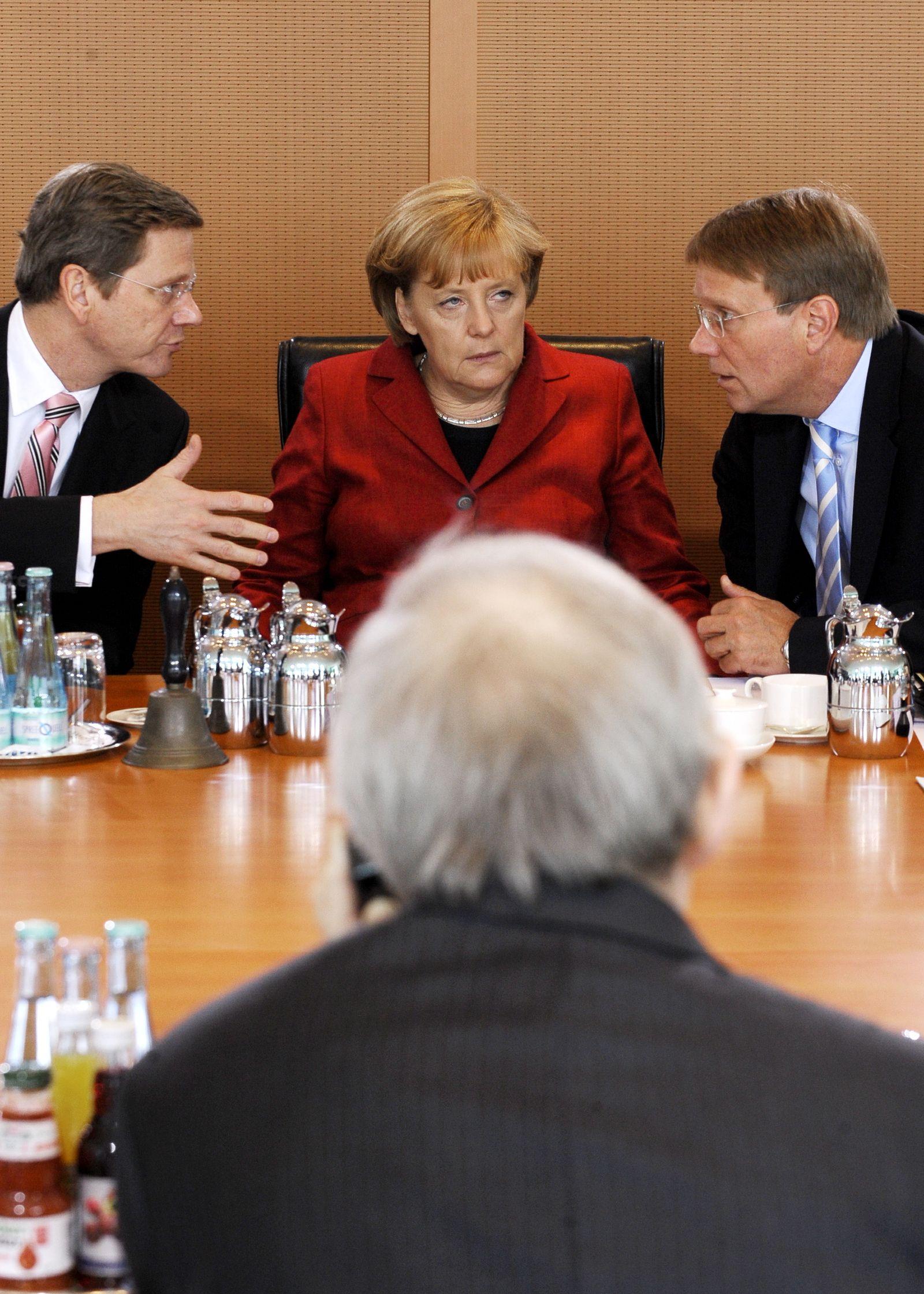 NICHT VERWENDEN Westerwelle Merkel Pofalla