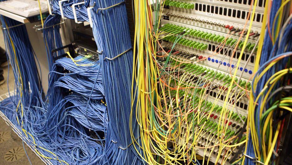Glasfaser-Verbindungen in der Schweiz: Computersabotage kann ins Gefängnis führen