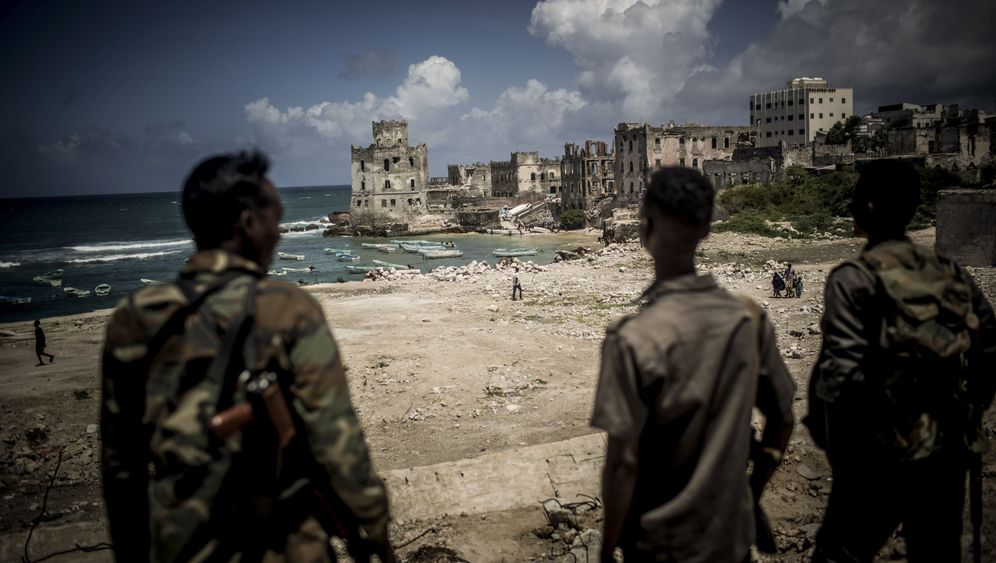Photo Gallery: Mogadishu, a City of Warlords