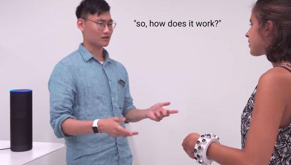 Störsender gegen Smart Speaker: Ein Armband gegen Alexa