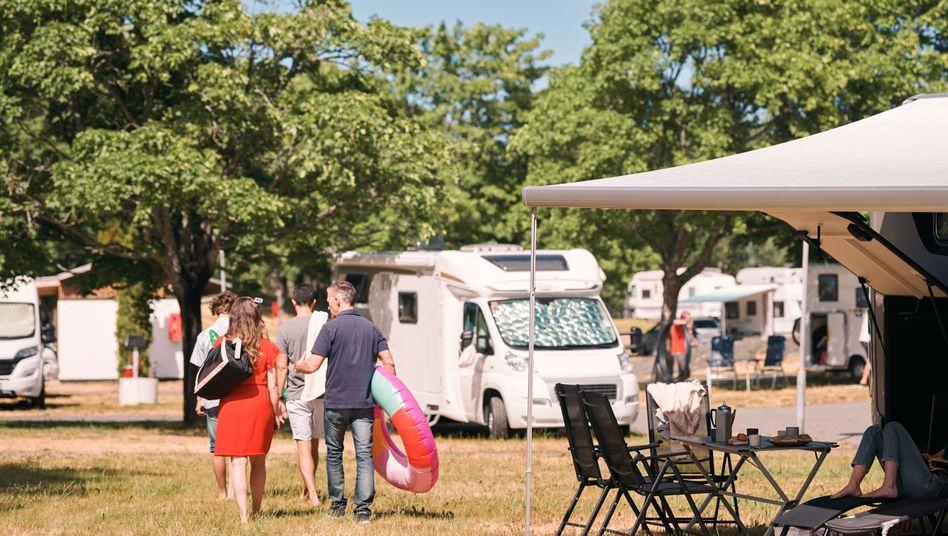 Urlauben im Camper: Immer mehr Deutsche setzen während der Coronakrise im Sommer auf diesen fahrenden Untergrund