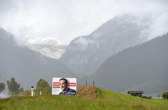 Wahlplakat für die FPÖ unter Heinz-Christian Strache