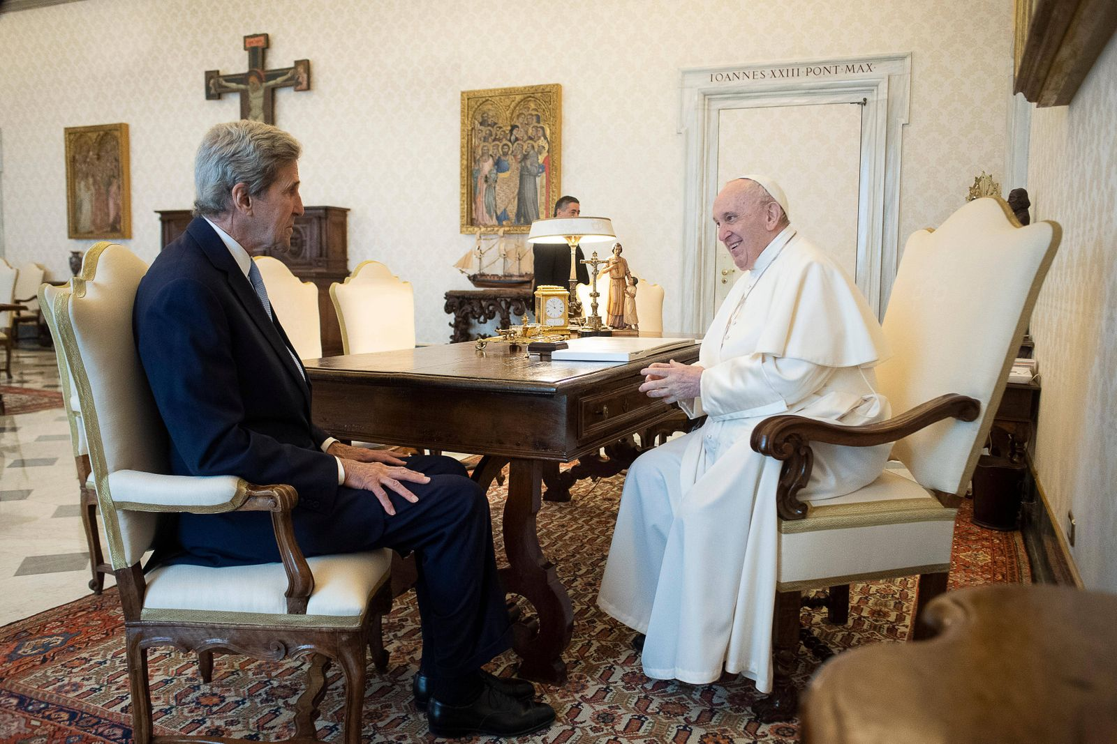 May 15,2021 : Pope Francis meets in audience The Honorable John Forbes Kerry, Special Envoy of the President of the Unit