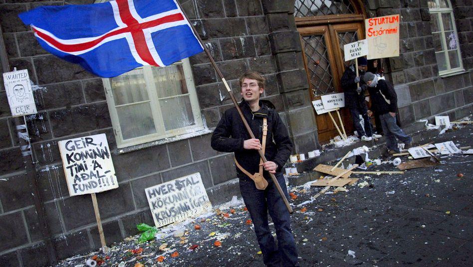 Protest vor dem Parlament in Reykjavík (im November 2008): Die Volksseele kocht