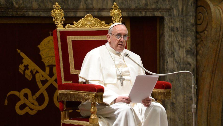 Papst Franziskus: Erspart euch die beschwerliche und kostspielige Reise nach Rom