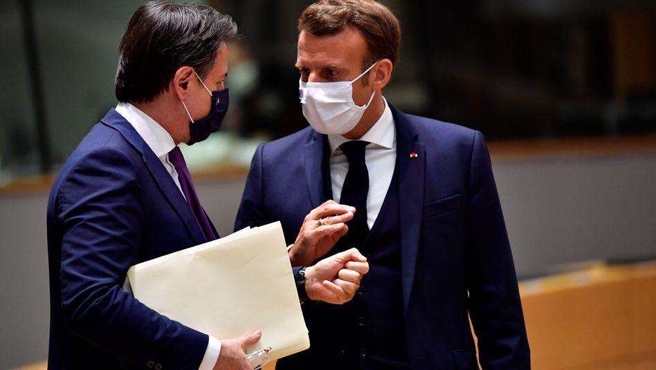 Italiens Premierminister Giuseppe Conte, Frankreichs Präsident Emmanuel Macron am 20. Juli in Brüssel
