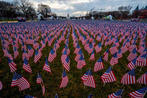 Sollen Zuschauer symbolisieren: 200.000 US-Flaggen auf der National Mall