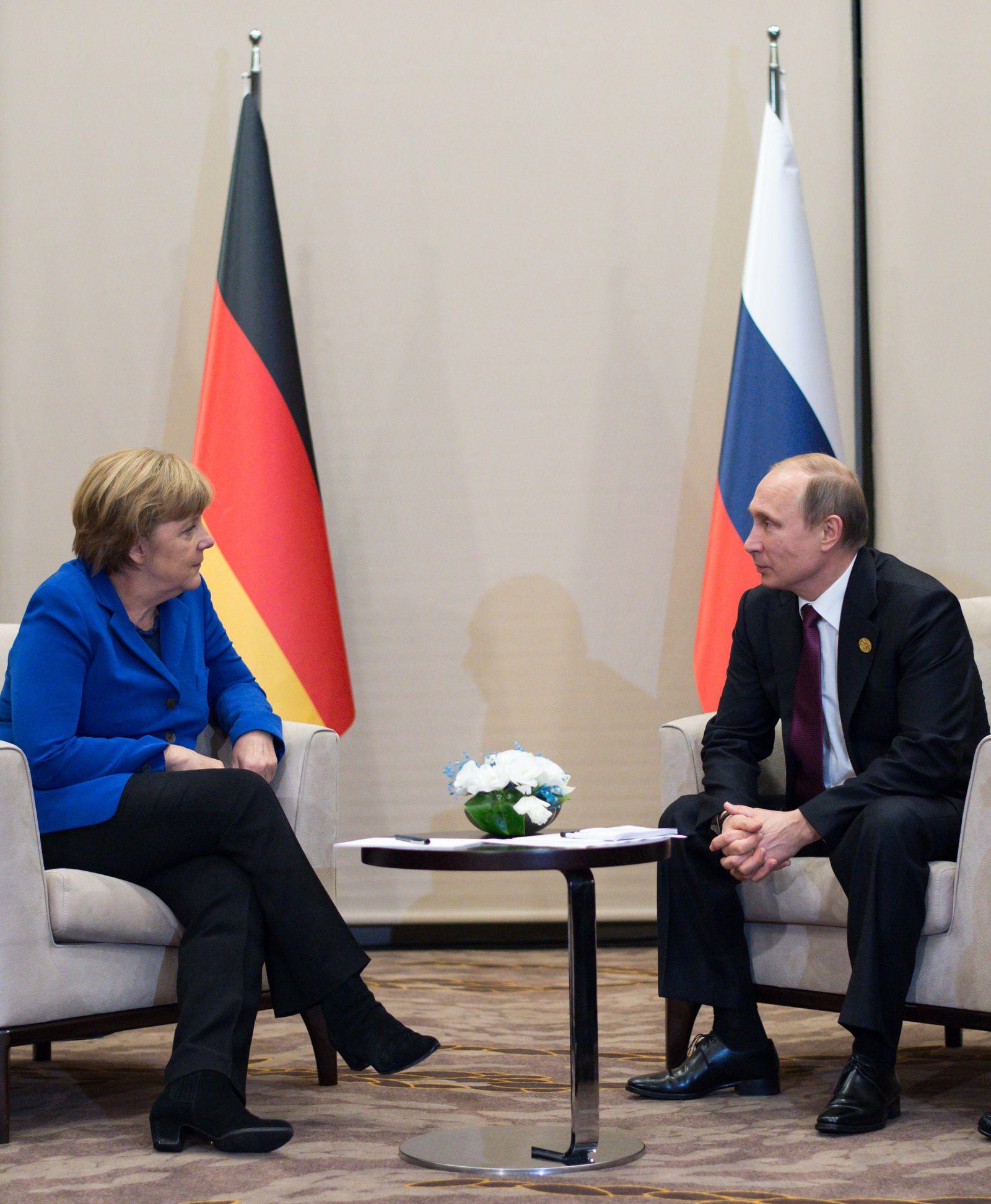 G20-Gipfel Merkel Putin