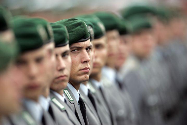 Bundeswehr vor der Reform: Tauziehen um Standorte und Rüstungsprojekte