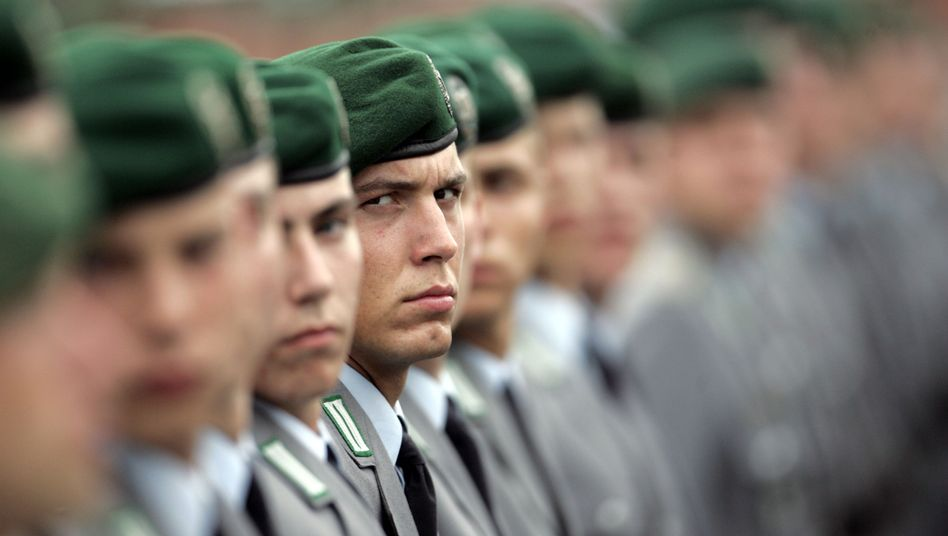 Bundeswehr-Rekruten: Ohne Wehrdienst wird es an Unis bald eng