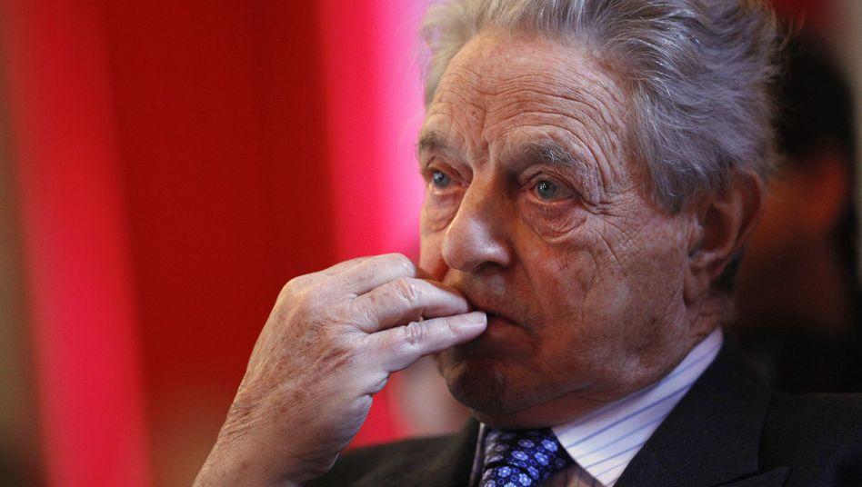 George Soros: Hielt zuletzt 7,85 Prozent der A-Klasse-Aktien von ManU