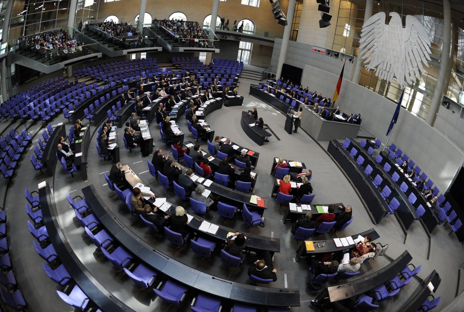 Bundestag / Debatte