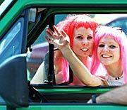 Immer noch ungleiche Zukunftschancen: Junge Frauen bei der Berliner Loveparade