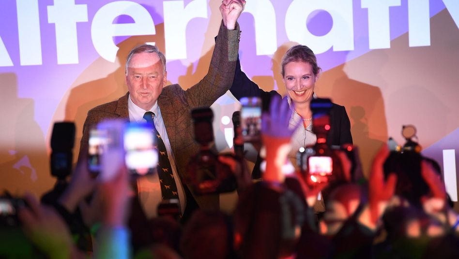 The two lead candidates for the right-wing populist Alternative for Germany: Alexander Gauland and Alice Weidel.