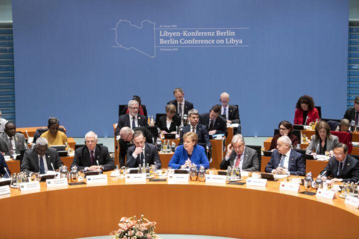 Kanzlerin Merkel (Mitte) und Außenminister Maas bei der Libyen-Konferenz im Bundeskanzleramt