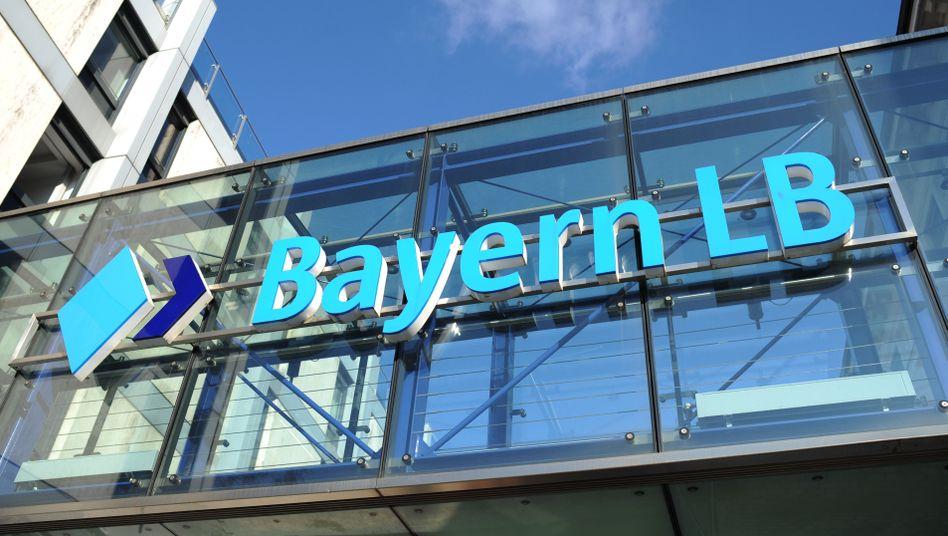 BayernLB-Zentrale in München (Archivbild): Deal mit internationalen Investoren