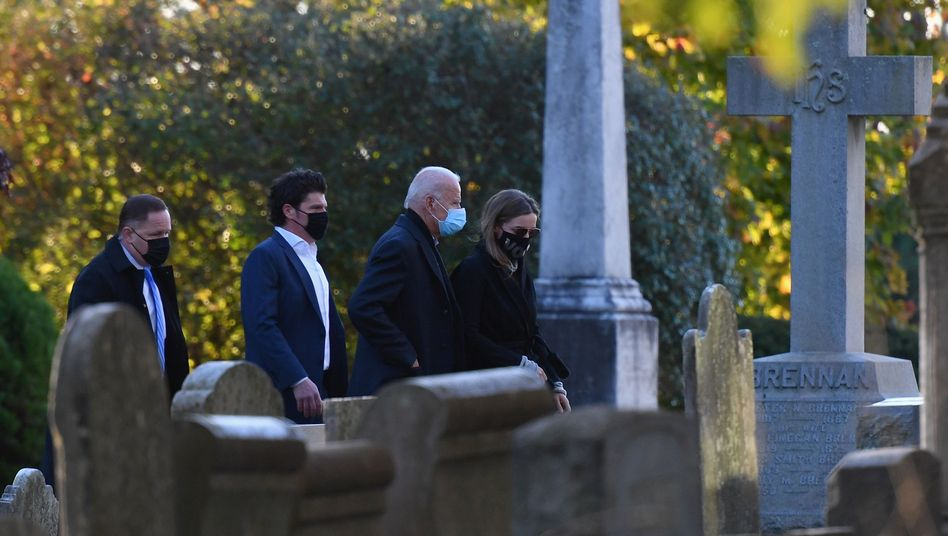 Joe Biden am Grab von Sohn Beau