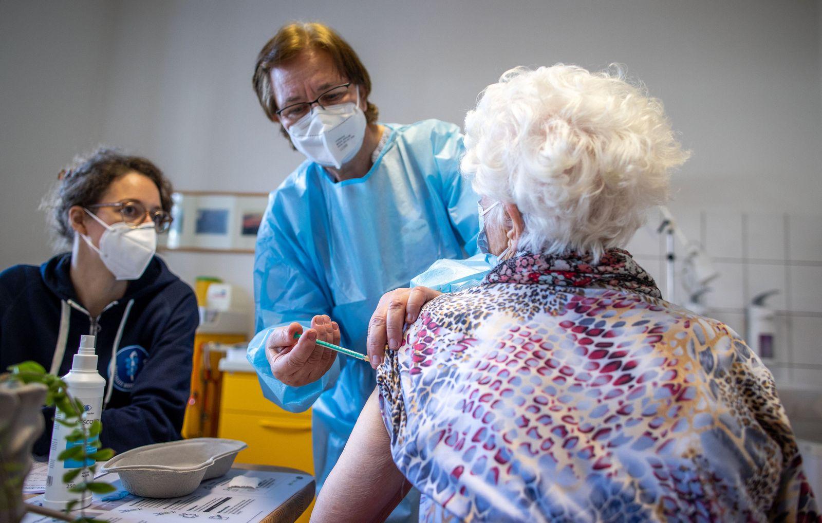 Coronavirus - Mobiles Impfteam auf Hiddensee