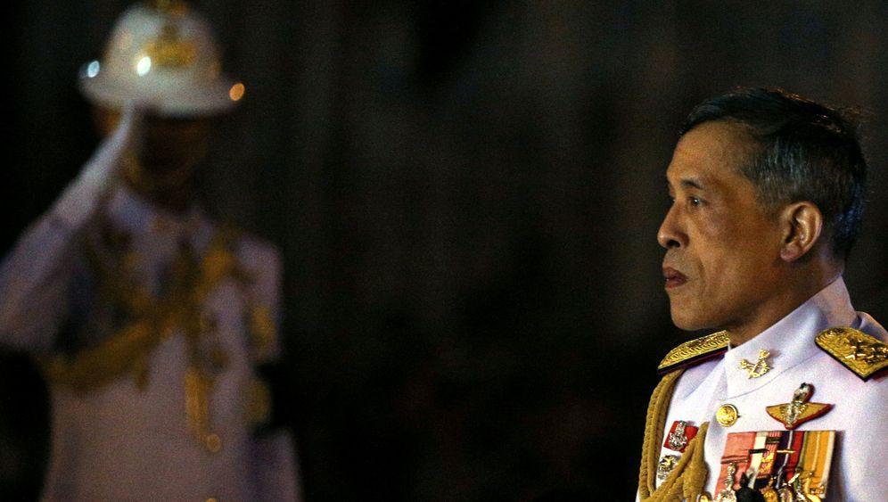 Thronfolge: Thailands Skandalkönig